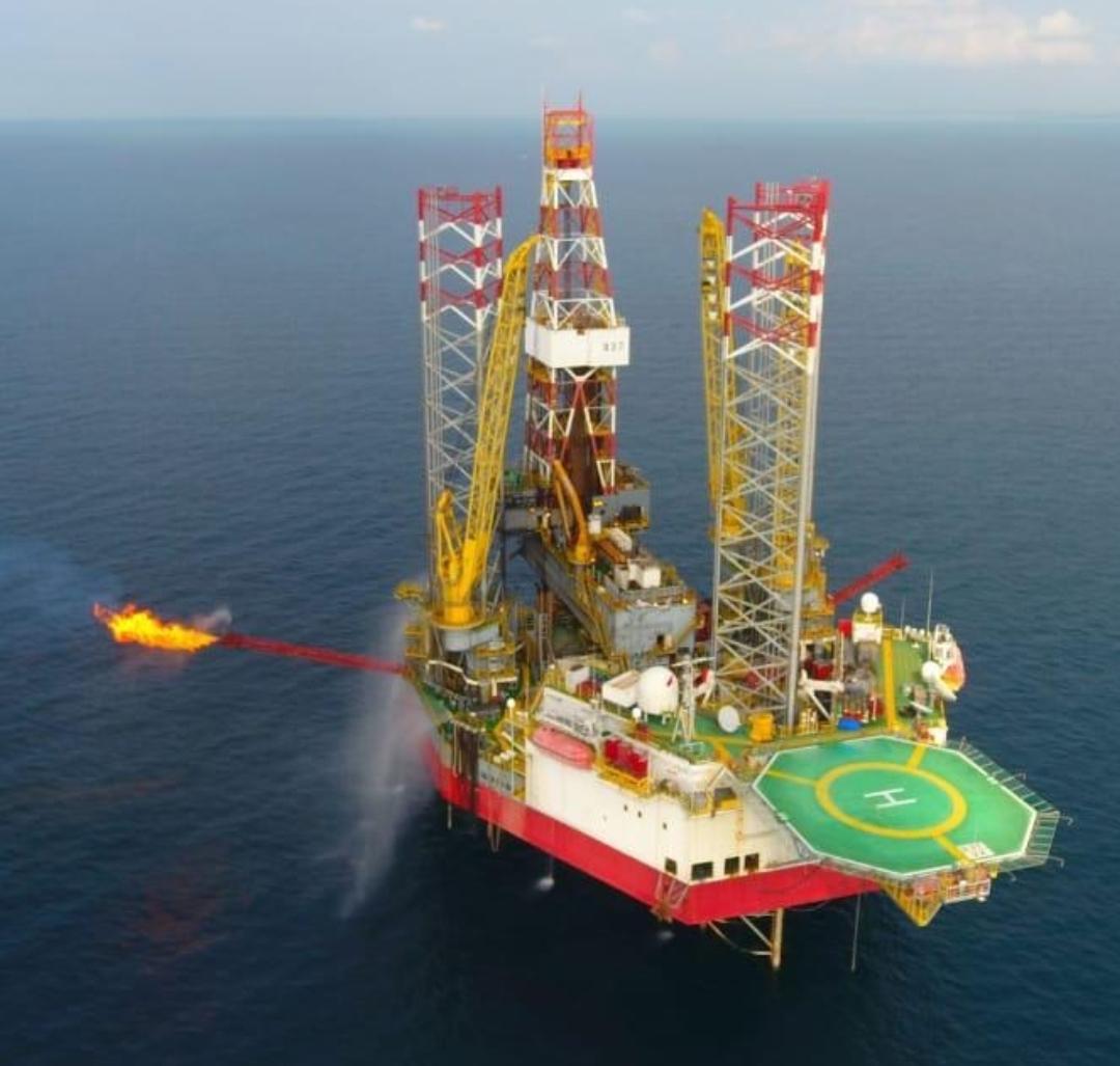 Ilustrasi Lapangan Migas Offshore