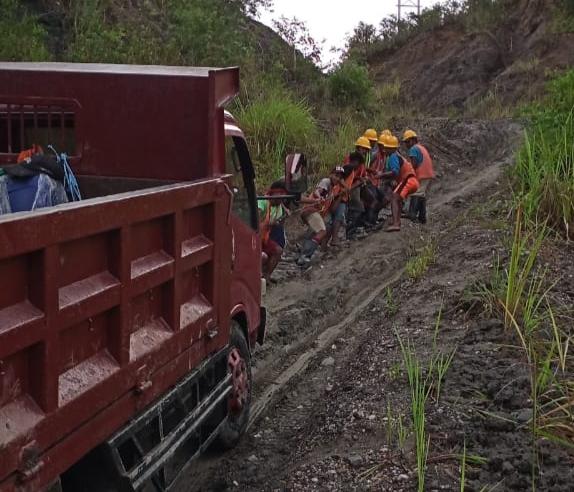 PLN Listriki 2 desa di Ambon