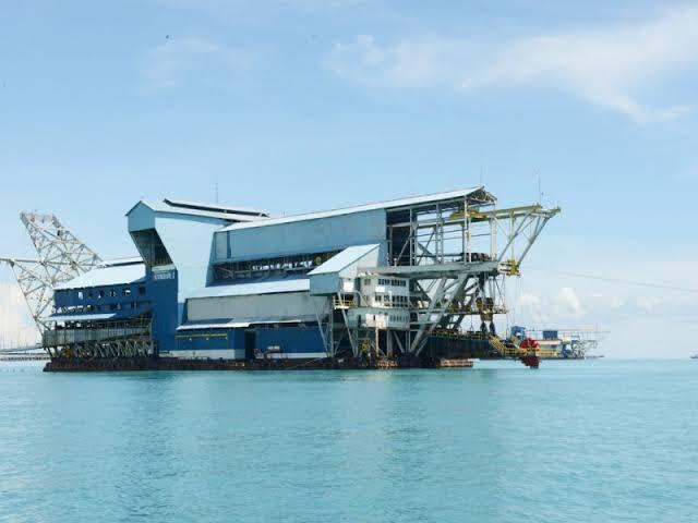 Ilustrasi Pertambangan di Laut