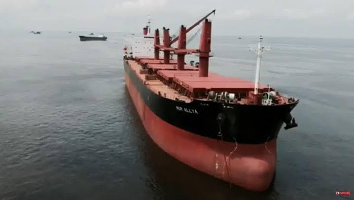 Kapal MV Nur Allya